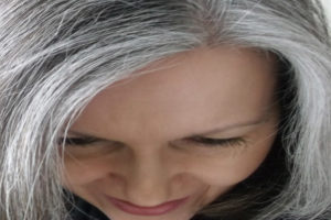 tips-to-prevent-hair-greying